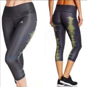 Adidas techfit medium compression capri/leggings M